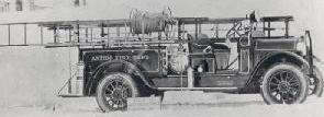 Photo of Peter-Pirsch motor-pump equipped truck 1926